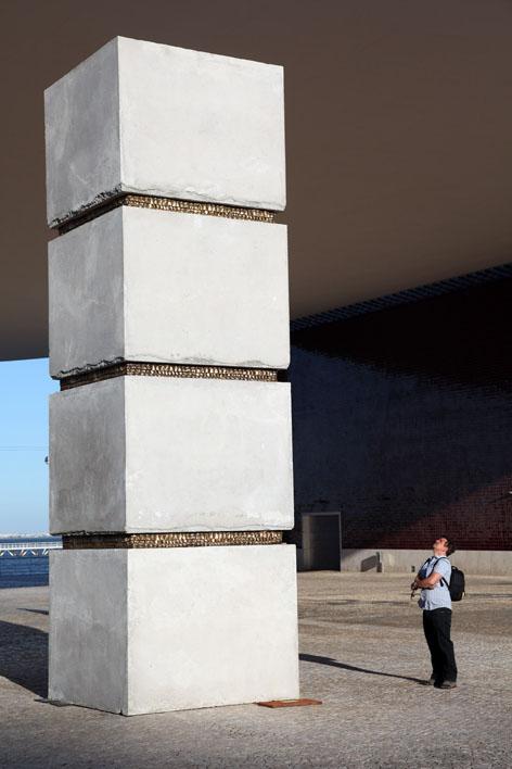 Yoan capote scultore cubano